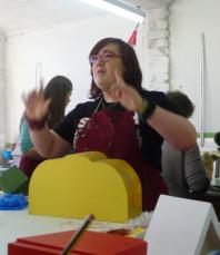 Tori conducts